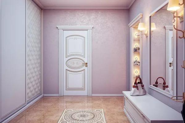 Дизайн большой прихожей в частном доме с белым встроенным шкафом-купе