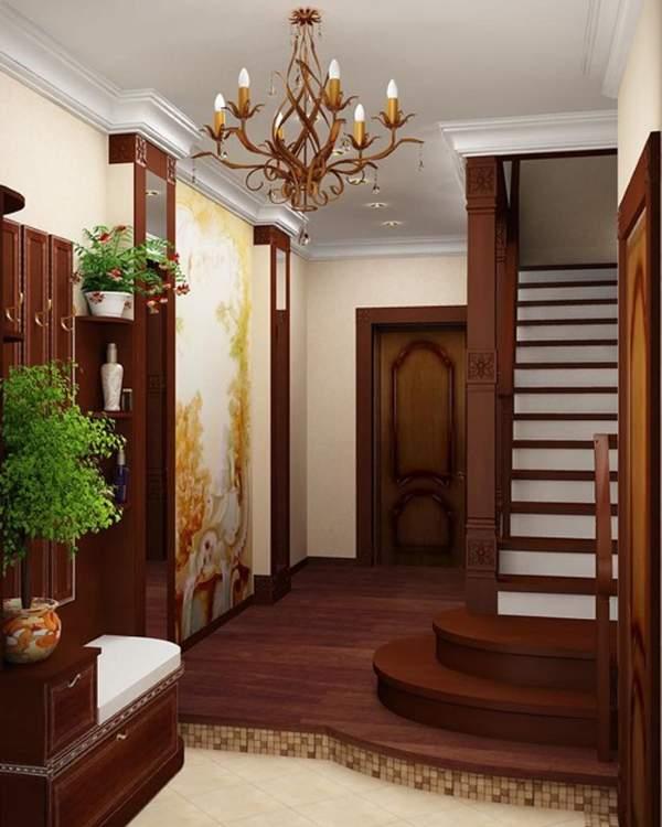Дизайн небольшой прихожей в частном доме с лестницей на 2-й этаж