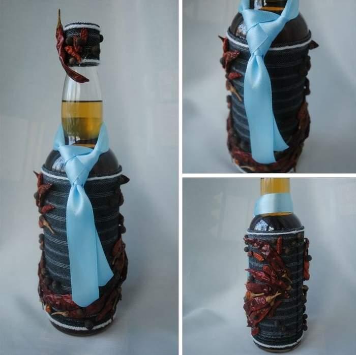 Как красиво украсить бутылку на 23-е февраля
