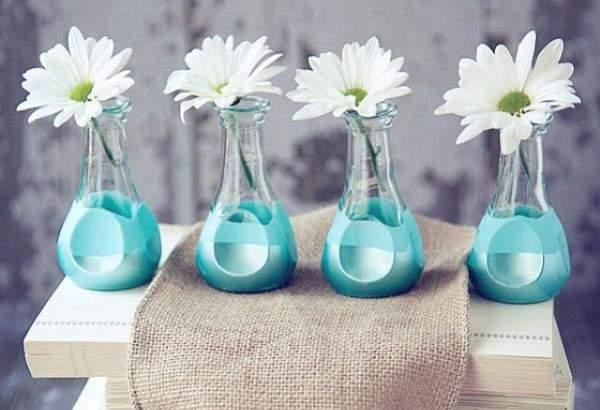 Идеи для дома своими руками из подручных материалов - бутылок и краски