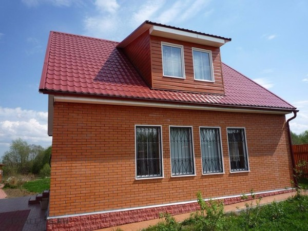 Монтаж крыши из металлочерепицы фото 1
