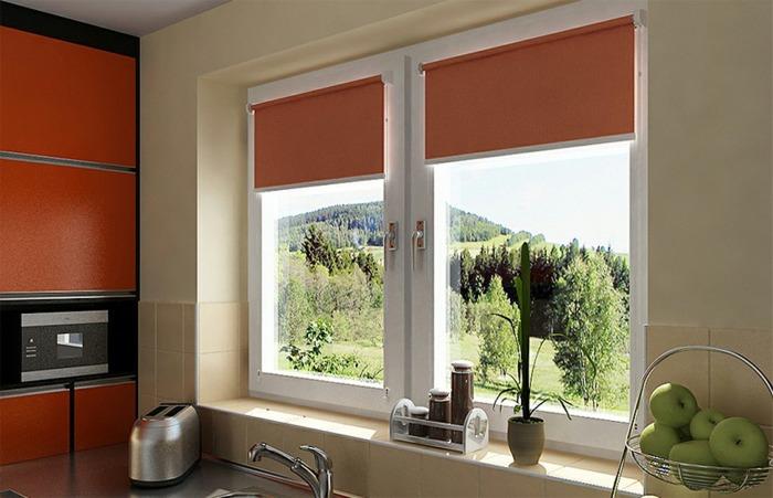 Тканевые римские шторы на пластиковые окна фото