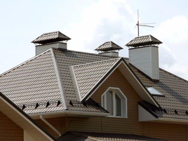 Крыша из металлочерепицы вариант 1