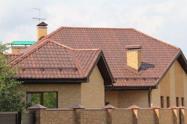 Крыша из металлочерепицы вариант 2