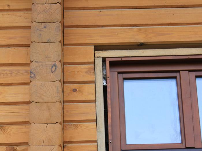 Быстрая установка окон в деревянном доме своими руками