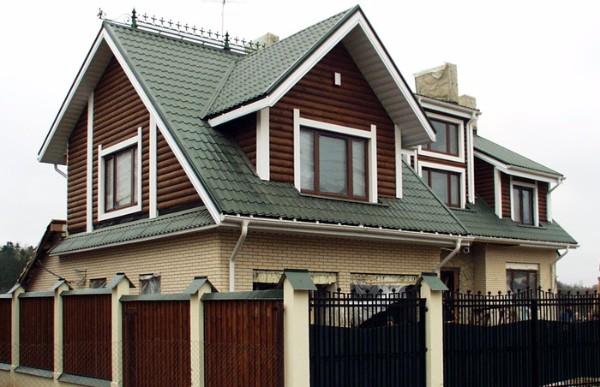 Крыши из металлочерепицы фото домов фото 2