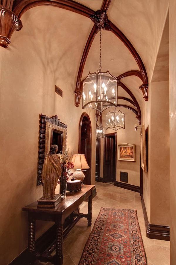 Венецианская штукатурка в коридоре фото