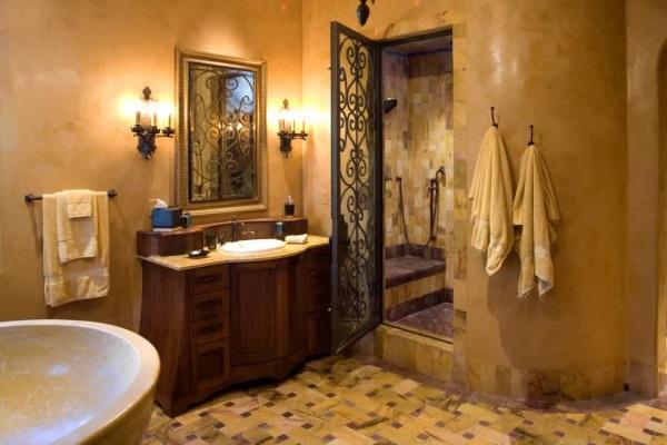 Прекрасная венецианская штукатурка в ванной фото