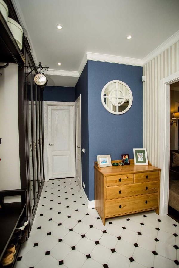 Обои в коридор фото в квартире вариант 2