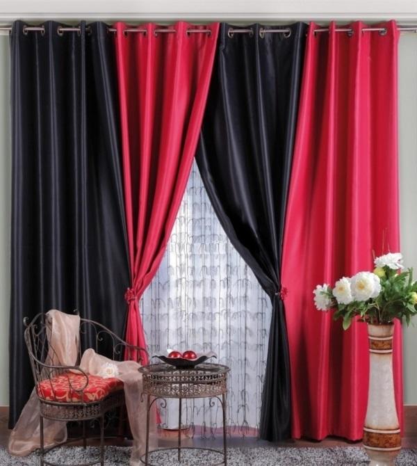 Черные и красные шторы для зала на люверсах - фото