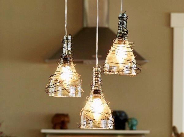 Оригиальный подвесной светильник из бутылок