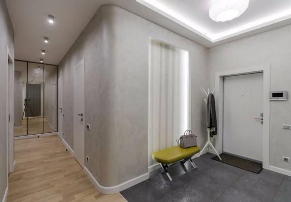Светло - серые обои в коридор