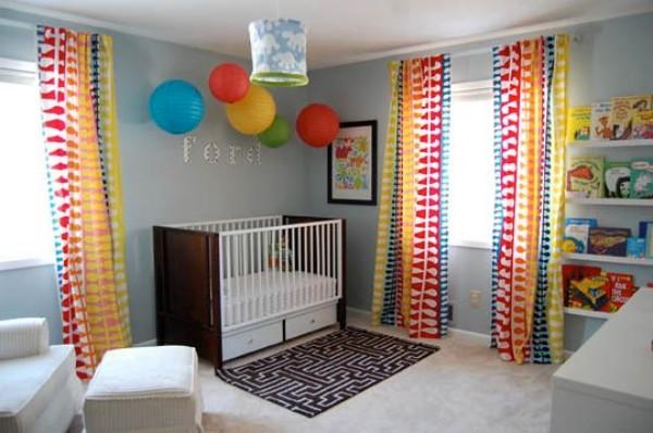 Яркие шторы для детской