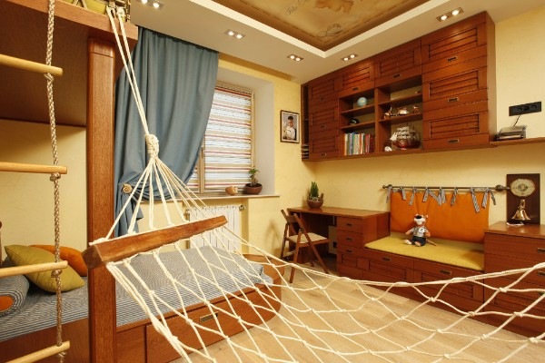 Стильные шторы в детскую комнату фото