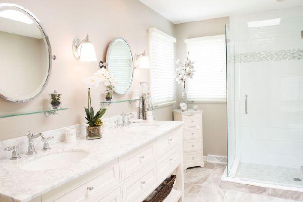 Настенные светильники в ванной комнате, фото 9