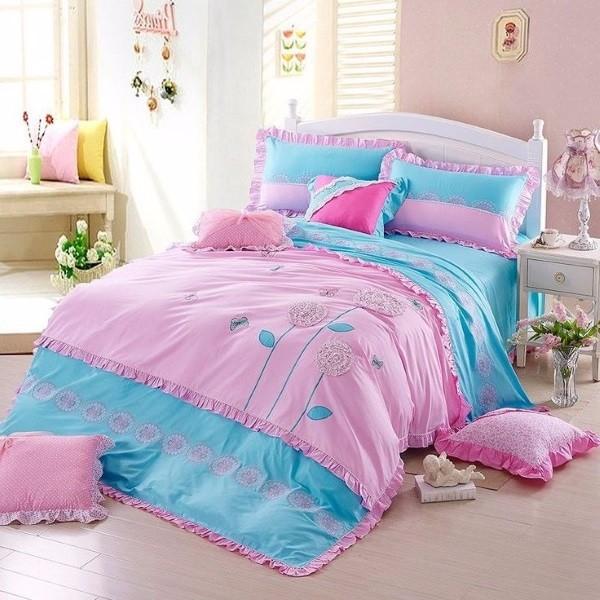 Фото постельного белья на кровати 19