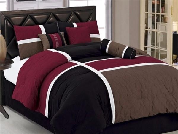 Фото постельного белья на кровати 21
