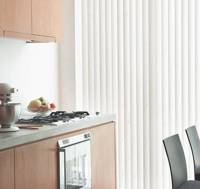 Вертикальные жалюзи на кухню фото 2