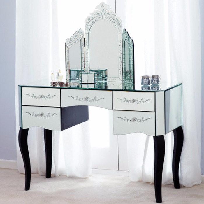 Туалетные столики с зеркалом для спальни фото 28