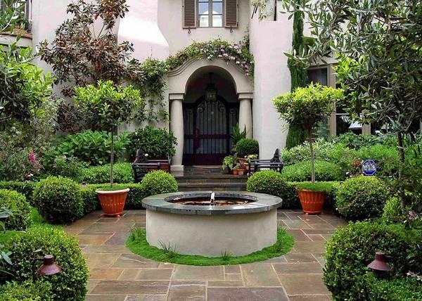 Ландшафтный дизайн двора частного дома, фото 13
