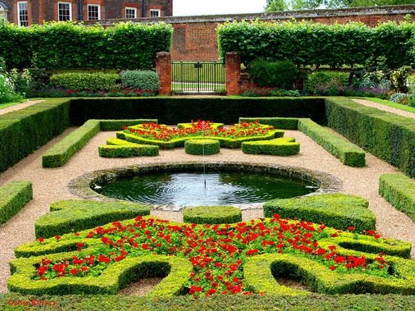 Ландшафтный дизайн двора частного дома, фото 24