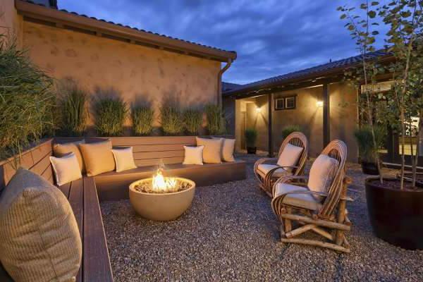 Ландшафтный дизайн двора частного дома, фото 30