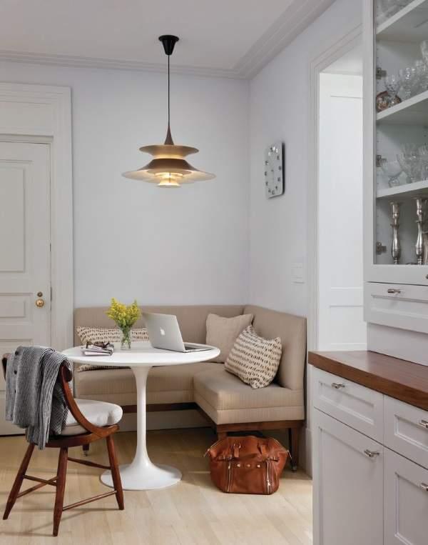 маленкий угловой диван на кухню