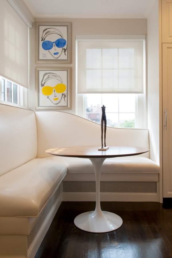 угловой диван на кухне кожа