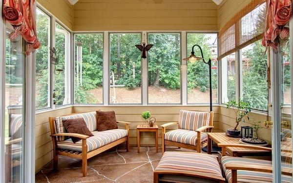 Закрытая веранда на летней кухне, фото 1