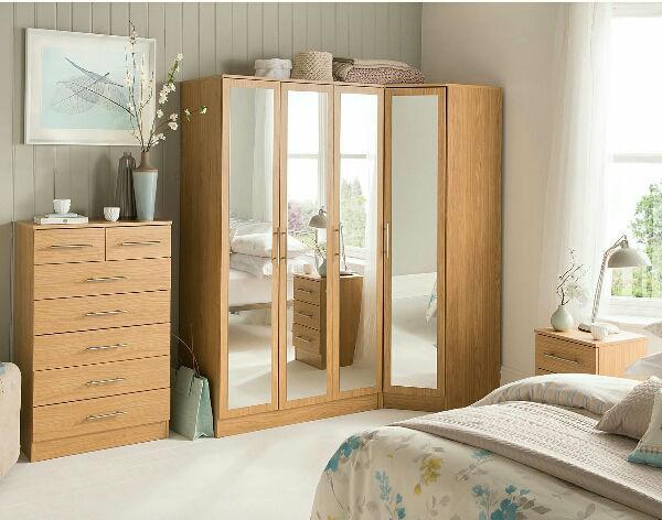 угловая гардеробная в спальне, фото 15