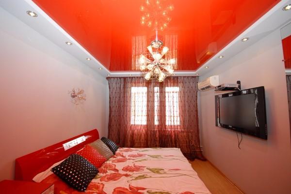 натяжной потолок в спальне, фото 3