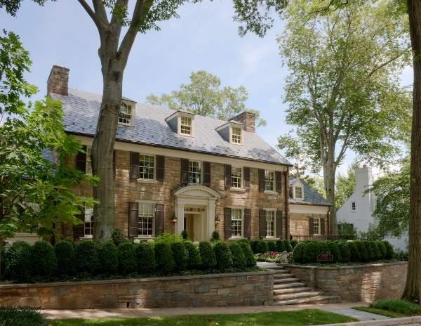 дом из кирпича в английском стиле