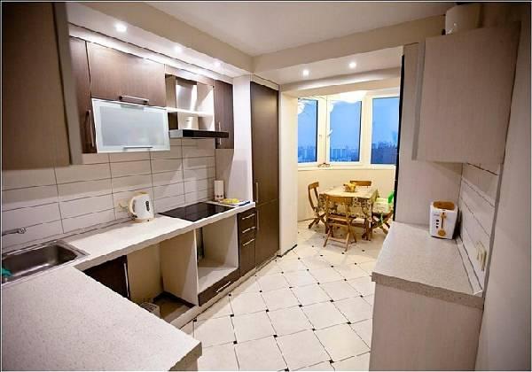 интерьер кухни с балконом, фото 9