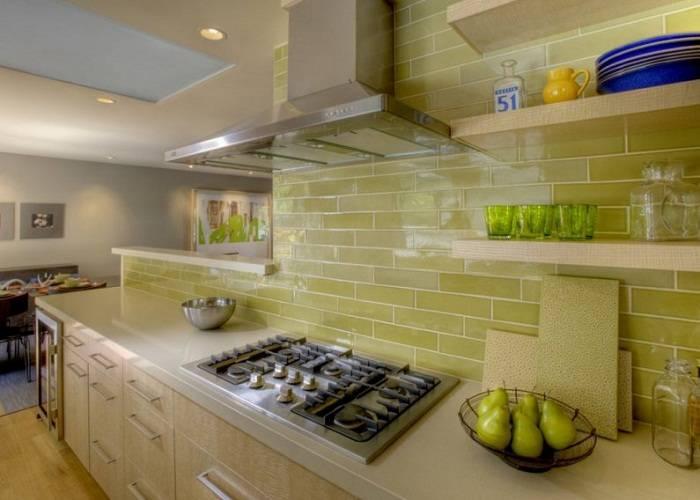 отделка стен на кухне плиткой, фото 3