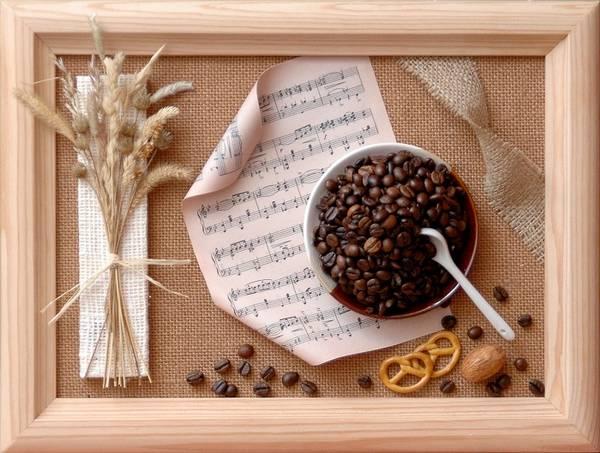 9-panno-iz-kofeinih-zeren-dlya-kuhni-1 Панно своими руками из подручных материалов