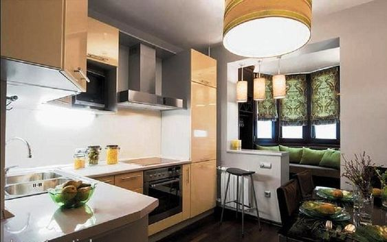 Объединение балкона с кухней в экостиле