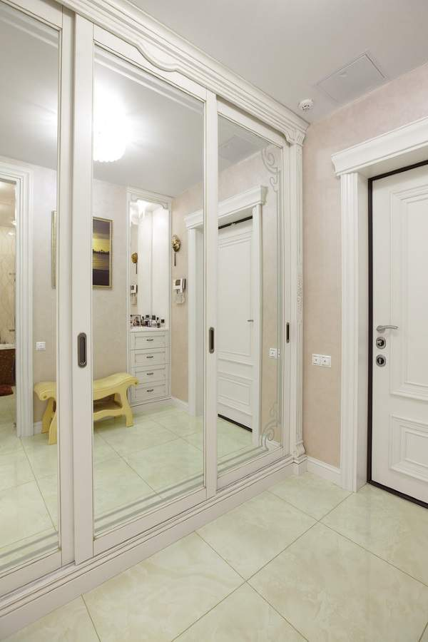 узкая прихожая дизайн в квартире идеи, фото 15