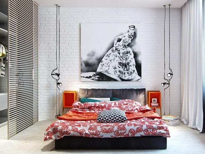 Белая кирпичная стена в интерьере спальни, фото 38
