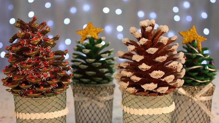 новогодний декор из шишек, фото 51