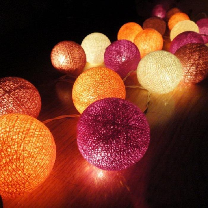 Новогодние гирлянды из шаров своими руками фото 30