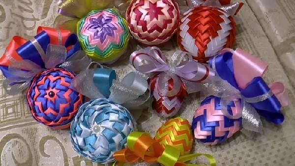 новогодние игрушки из атласной ткани своими руками, фото 23