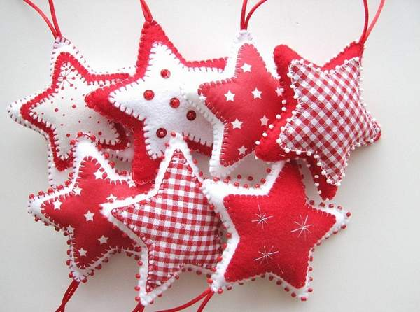 красивые новогодние игрушки из фетра своими руками, фото 8