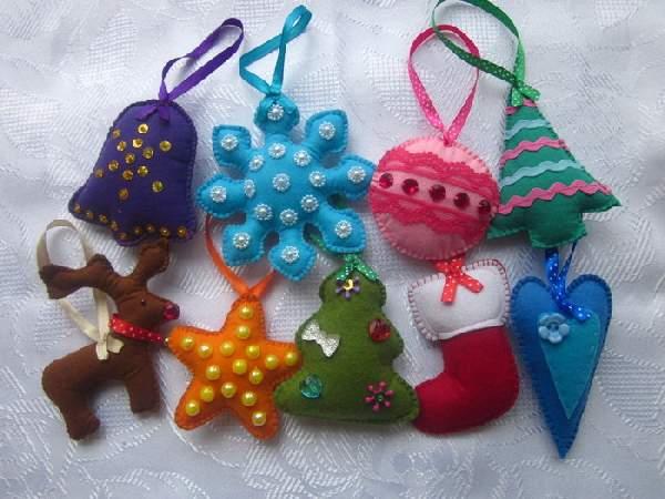 простые новогодние игрушки из ткани своими руками, фото 6