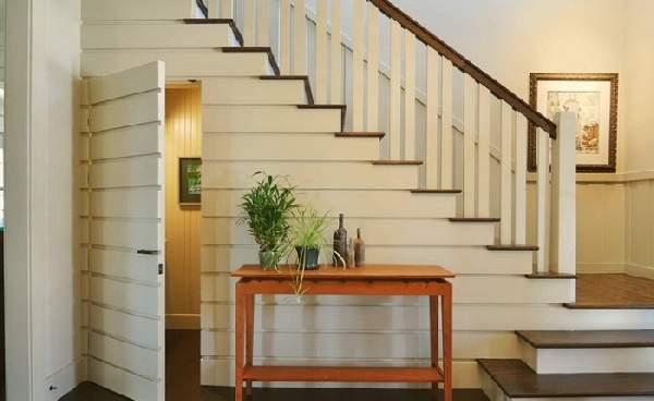 дизайн прихожей с лестницей, фото 24