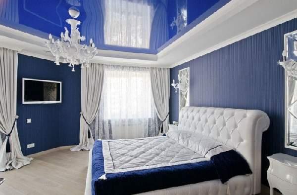 дизайн натяжных потолков в спальне, фото 36