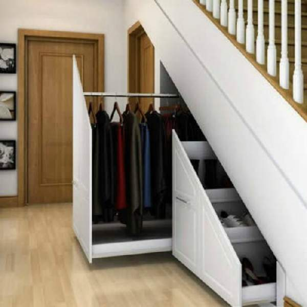 шкафы под лестницей в прихожей, фото 14