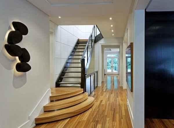 дизайн прихожей в доме с лестницей, фото 16