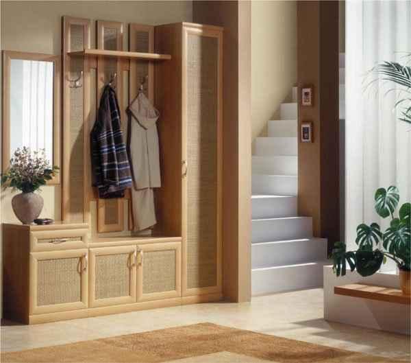 дизайн прихожей в доме с лестницей, фото 18