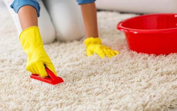 как почистить белый ковер в домашних условиях, фото 60