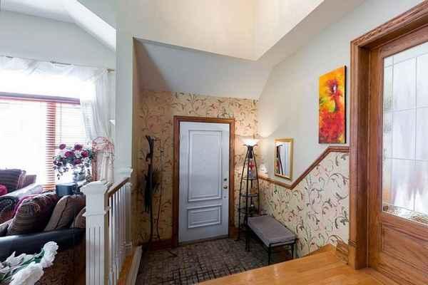 современный дизайн прихожей в доме, фото 65